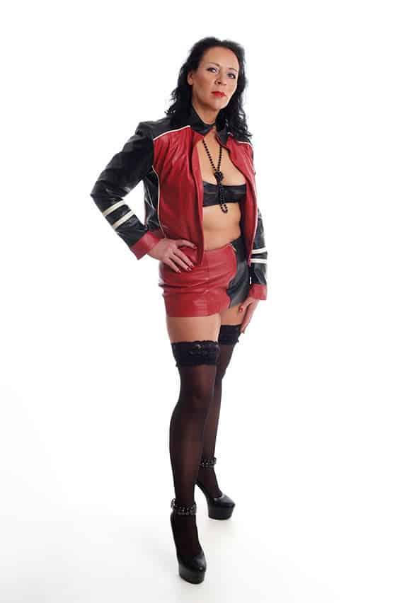 Mistress Dark Faye