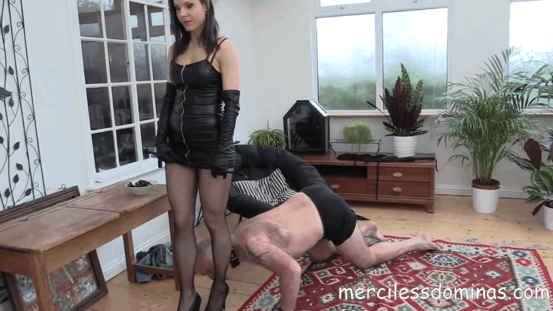 Another Slave For Lady G