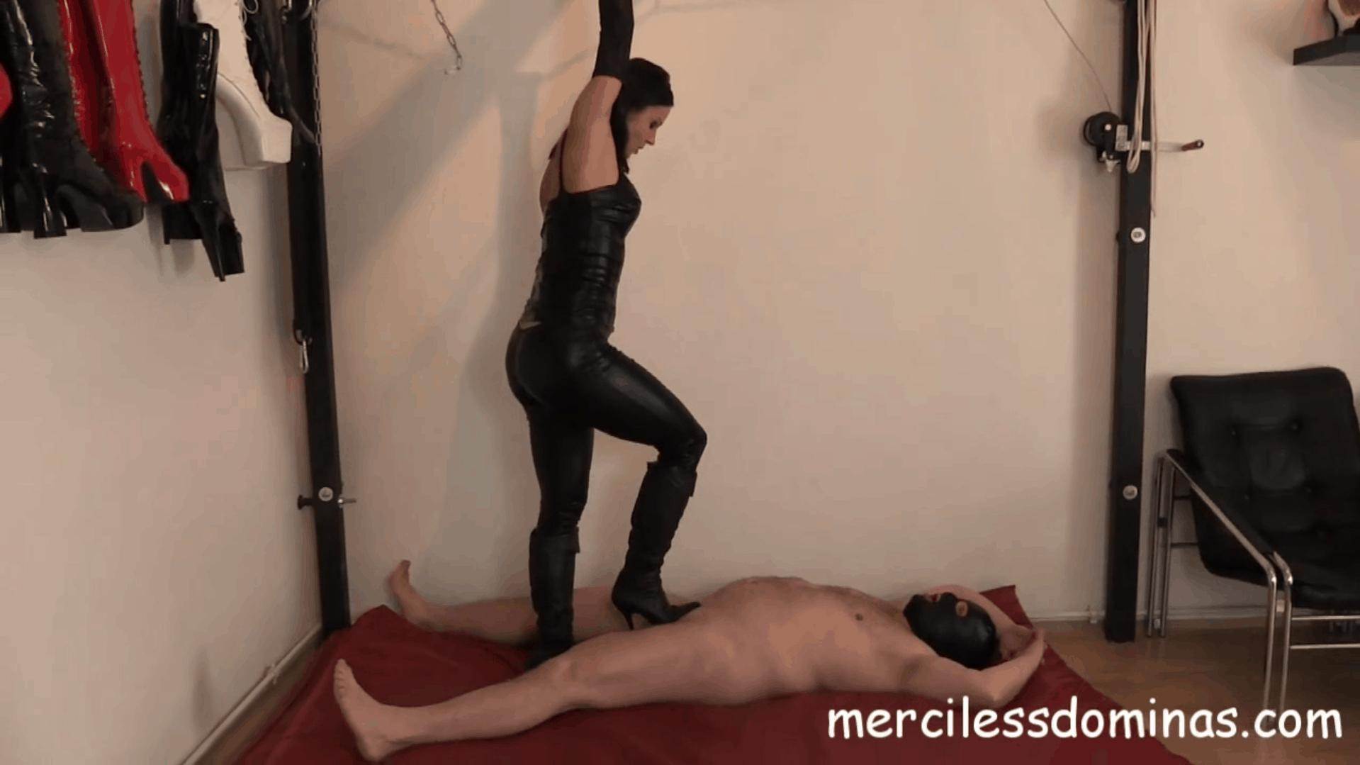 Inexperienced Trampling Slave