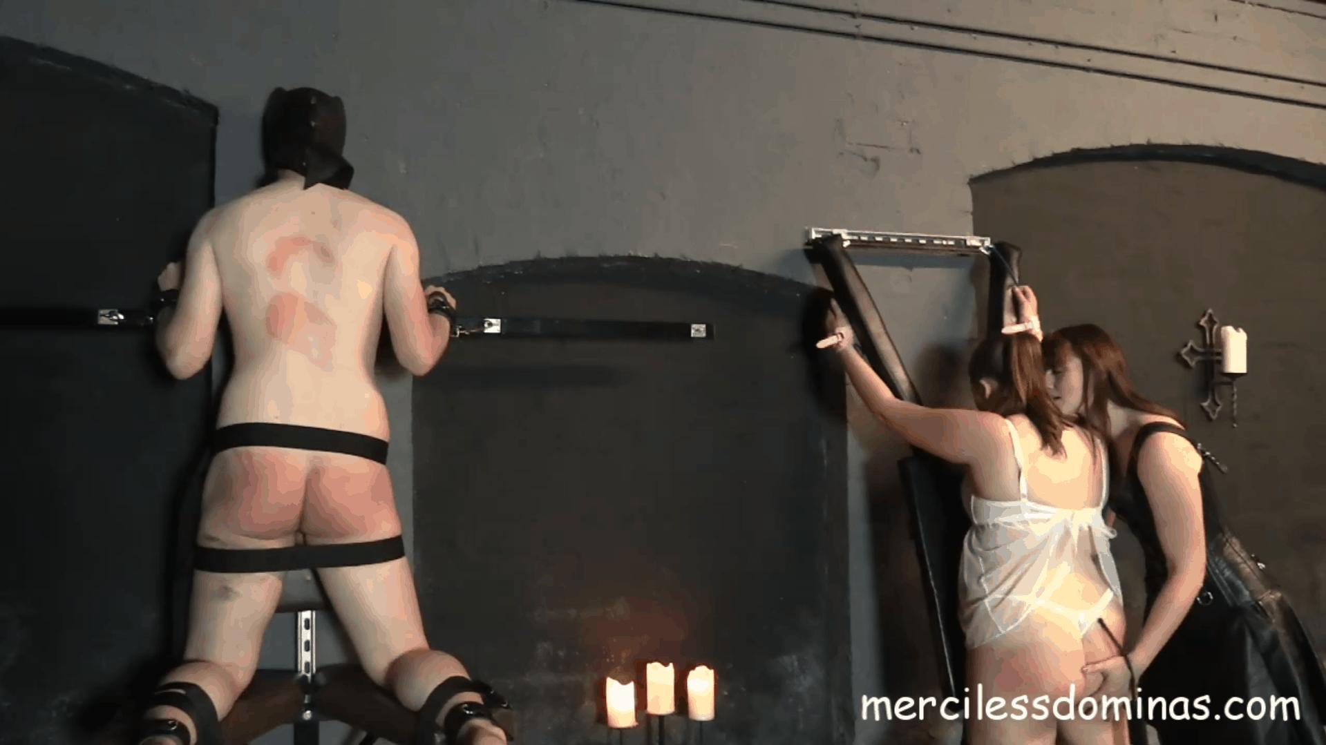 Slaves of Vivienne l`Amour